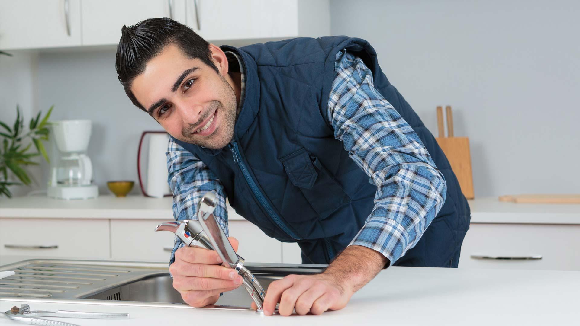 Cambiare Rubinetto Del Bagno : Come sostituire il rubinetto della cucina o del bagno delò