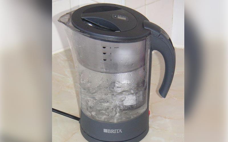delo blogpost - bere acqua rubinetto - caraffa-filtrante