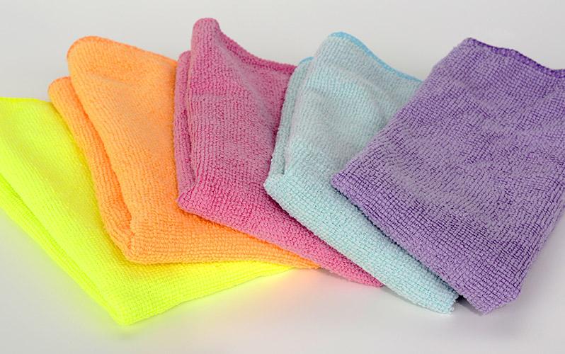 delo blogpost pulire il bagno -panno microfibra
