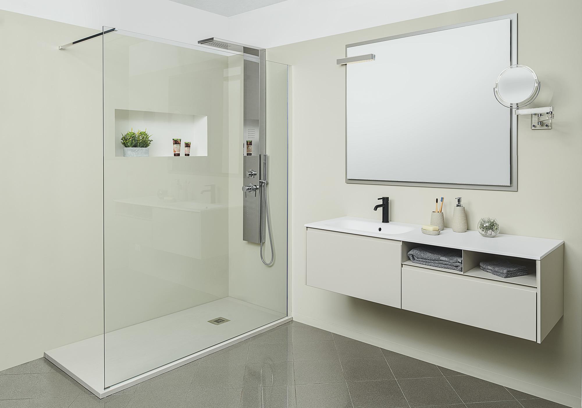 Delo - bagno con colonna doccia Flora